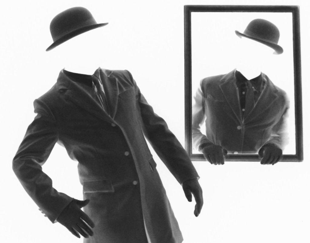 Les-Chapeaux-Blancs ridotta specchiata negativo