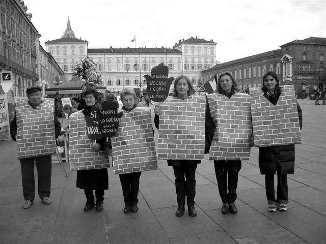 2003_11_09_contro_il_muro