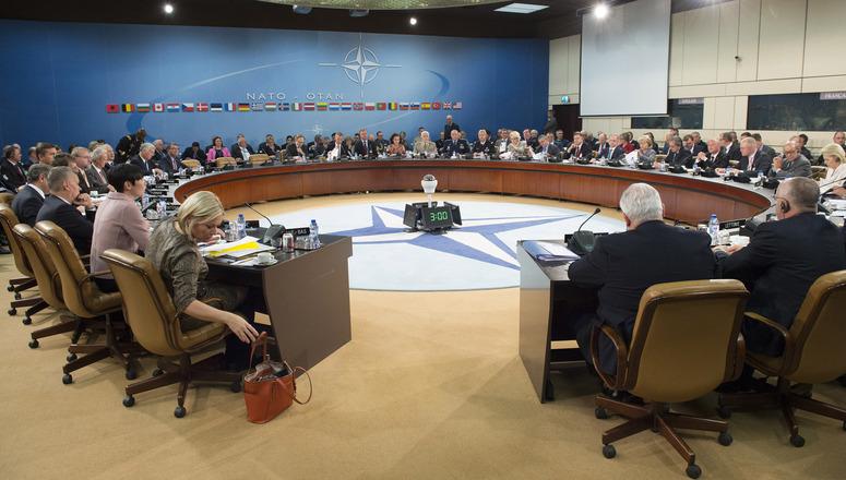 meeting-ministri-difesa-nato