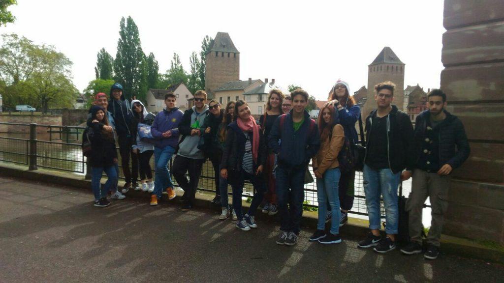 I ragazzi e le ragazze del Sereno Regis arrivati a Strasburgo giovedì mattina