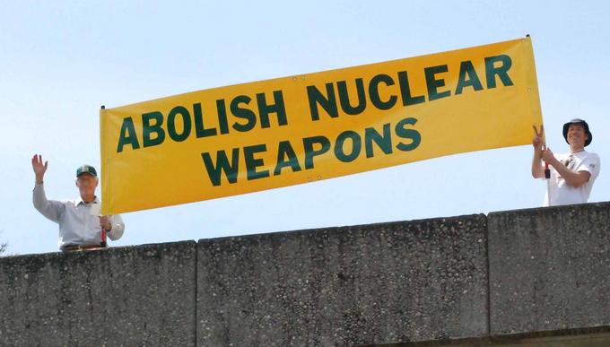 Verso un disarmo nucleare universale