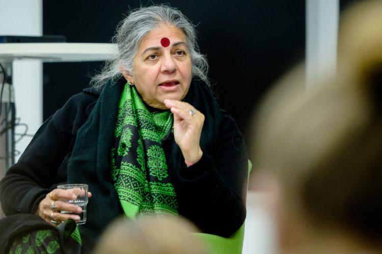 Donne che costruiscono il futuro: Vandana Shiva