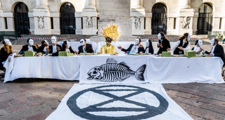 Extinction Rebellion: stop alla finanza fossile