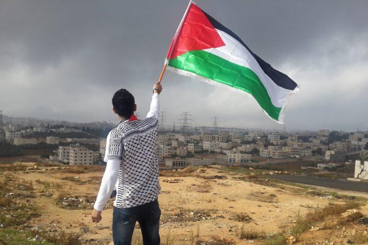 Attacchi giuridici israeliani e diritti