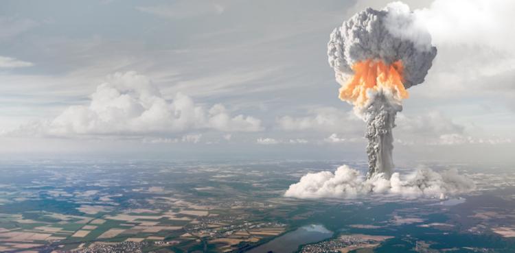 Armamenti nucleari: scelta suicida